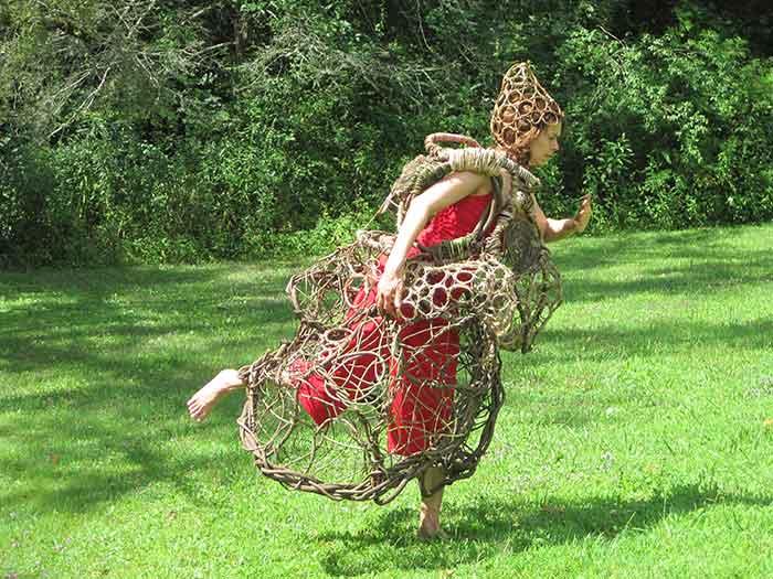 Kudzu Queen Dancing
